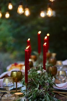 Create A Magical And Romantic Holiday Tablescape This Christmas French Country Cottage Using Fresh Florals And Greenery, Fill Your Table With Glowing Candles, Shiny Flatware And Soft Linens For A Festive Dining Experience Christmas Table Settings, Christmas Tablescapes, Christmas Decorations, Holiday Tablescape, Holiday Decor, Christmas Ideas, French Christmas, Rustic Christmas, Vintage Christmas