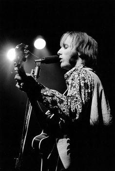 Steve Stills - Monterey Pop - Elaine Mayes - 1967 Source/Credit: http://www.elainemayesphoto.com/