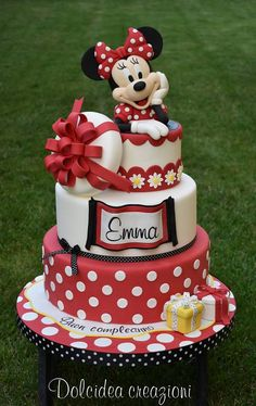 minnie mouse cake, three tier cake, red and white fondant, minnie mouse cake topper Bolo Fake Minnie, Bolo Da Minnie Mouse, Minnie Mouse Cake Topper, Mickey And Minnie Cake, Minnie Mouse Birthday Cakes, Mickey Cakes, Mickey Birthday, Birthday Kids, Cake Birthday
