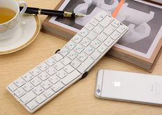 Flyshark 2 Pocket Folding Keyboard Hits Kickstarter - Flyshark 2 is redefining the wireless keyboard with better feedback, lighter weight, 1-year battery life and Bluetooth Smart. Built for iPhone and iPad, it's also compatible with Android and Windows.   Geeky Gadgets