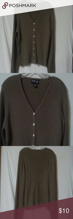"Style  & co women petite size large knit top sweat Barely worn, v neck, long sleeve, taupe, ribbed, button front, cotton, chest 40"", length 23"" Style & Co Sweaters V-Necks"