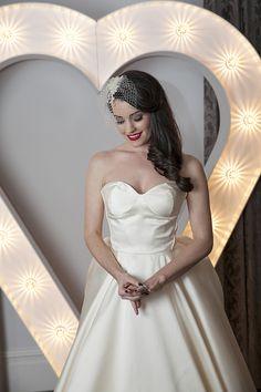 Bright Bold Graphic Stripe Wedding Ideas http://www.emmacleveleyblog.co.uk/