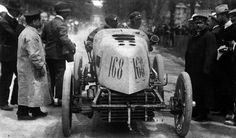 """Paris-Madrid 1903 - Fernand Gabriel driving a en:Mors """"Dauphin"""" in Paris-Madrid 1903. When the race was stopped in Bordeaux due to many accidents, he was declared winner; he by then lead with a time of 5 hrs 14 min 31 sec, averaging 105,060 km/h"""