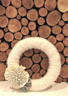 White winter wreath - makes me feel warm and fuzzy just looking at it.