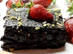 Νηστίσιμη σοκολατόπιτα, από την αγαπημένη Ελπίδα Χαραλαμπίδου και το elpidaslittlecorner.gr! Acai Bowl, Breakfast, Desserts, Food, Acai Berry Bowl, Morning Coffee, Tailgate Desserts, Deserts, Essen