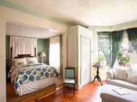 Lyttleton inn!  423 King St, Littleton ma  http://thelyttletoninn.com/