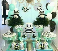 60 Trendy Baby Shower Decorations Jungle Theme First Birthday Parties Panda Party, Panda Themed Party, Panda Birthday Party, Baby Birthday, First Birthday Parties, Birthday Party Decorations, First Birthdays, Party Themes, Birthday Cake
