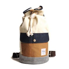 Duffle Bag Ivory Navy / by Drife