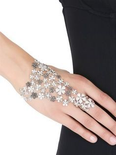 Insurance business require that your jewelry policy be based upon official and praiseworthy appraisals done by a reliable jeweler. Hand Jewelry, Trendy Jewelry, Summer Jewelry, Body Jewelry, Fashion Jewelry, Women Jewelry, Cheap Jewelry, Flower Jewelry, Jewelry Bracelets