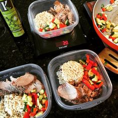 #ShareIG This is what succeeding on purpose looks like  failing to plan is planning to fail. Today's meals feature a slow roasted lean pork tenderloin seasoned with peppercorn and garlic, brown rice, and red peppers and zucchini sautéed in @kasandrinos ol