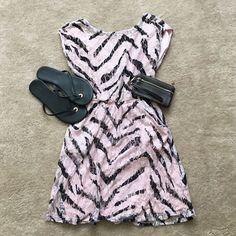 Hp 1-27-16!! Lace Pink And Black Dress!