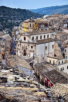 View from Santa Maria delle Scale towards Ragusa Ibla, Ragusa, Sicily, Italy Travel Europe, European Travel, Ragusa Sicily, Sicily Italy, Santa Maria, Strand, Cathedral, Around The Worlds, Dreams