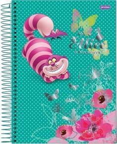 Caderno universitário do Gato de Cheshire, do desenho Alice no País das Maravilhas, da marca Jandaia. #aliceinwonderland #alicenopaisdasmaravilhas #gatorisonho