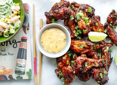 Sticky kippenvleugels uit de oven   Kookmutsjes Sticky Chicken Wings, Snack Recipes, Snacks, Asian Recipes, Ethnic Recipes, Pasta, Buffalo Wings, Four, Tandoori Chicken