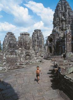 Bayon, jeden z nejmonumentálnějších chrámů v areálu Angkor Thomu (Kambodža) | na serveru Lidovky.cz | aktuální zprávy