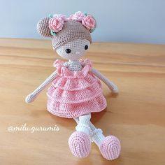 Knitted Dolls Free, Doll Amigurumi Free Pattern, Doll Patterns Free, Crochet Bunny Pattern, Crochet Amigurumi Free Patterns, Baby Knitting Patterns, Amigurumi Doll, Crochet Baby Toys, Crochet Doll Clothes