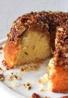 Pecan Pie Bundt Cake Recipe, Southern Pecan Pound Cake Recipe, Banana Bundt Cake, Pound Cake Recipes, Easy Cake Recipes, Bundt Cakes, Pecan Cake, Pecan Cookies, Recipes