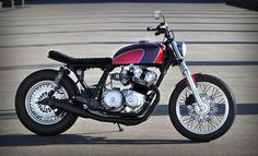 Jones Customs CB750 Brat 6