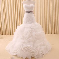 SALE 20% korting op alle wedding gowns de Deliah zeemeermin trouwjurk