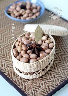 A taste of memories -- Echo's Kitchen: 【微波炉版五香花生米】Five Spice Peanuts