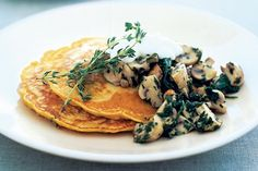 Looking for interesting vegetarian meal ideas? Try these corn and capsicum pancakes for something deliciously different. Meals Under 400 Calories, Corn Pancakes, Vegetarian Recipes, Cooking Recipes, Stuffed Mushrooms, Stuffed Peppers, Creamed Spinach, Mushroom Recipes, Tray Bakes