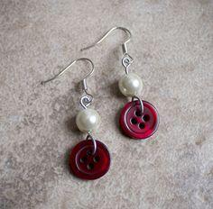 Elegant Pearls by Rebecca Mitcham on Etsy