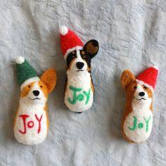Joy to the Corgis - Corgi Magnet (Wearable)