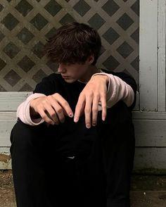 Beautiful Boys, Pretty Boys, Selfies, Emo, Boy Best Friend Pictures, Johny Depp, Grunge Guys, The Love Club, King Of My Heart