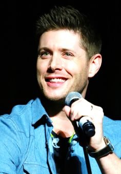 Jensen, VegasCon2015 He should definitely wear blue more often.