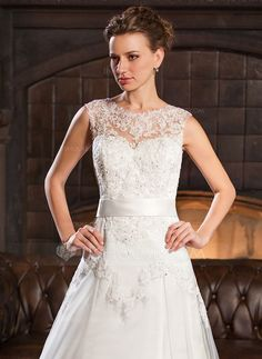A-Line/Princess Scoop Neck Chapel Train Satin Tulle Lace Wedding Dress With Beading Sequins Bow(s) (002056527)