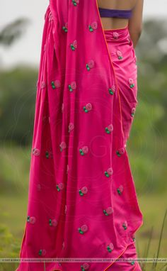 Featuring the Pinkberry modal cotton saree with large flower blooms hand-embroidered with pink pearls and dark green ribbonwork leaves. It comes with a purple unstitched cotton blouse material and an unstitched matching pink cotton petticoat fabric. Saree Embroidery Design, Embroidery Stitches, Hand Embroidery, Desiner Sarees, Ethnic Fashion, Saree Fashion, Saree Jackets, Hand Painted Dress, Saree Poses