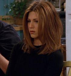 Medium Hair Cuts, Medium Hair Styles, Short Hair Styles, Rachel Haircut Friends, Rachel Green Hair, Jenifer Aniston, Jennifer Aniston Hair Friends, Green Hair Colors, Aesthetic Hair