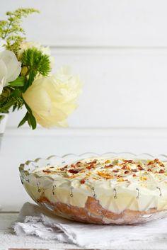 vanilla rhubarb tiramisu