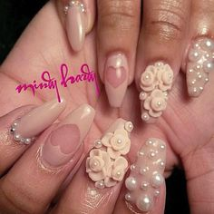 Coffin nails with 3d design