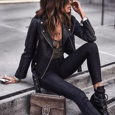 32 Fashionable Edgy Outfit for Going Out look style Rock Chic Outfits, Edgy Outfits, Mode Outfits, Fashion Outfits, Rocker Chic Style, Edgy Style, Badass Style, Edgy Look, Looks Rock