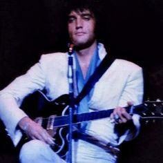 Elvis Presley In Concert.......Concerts In Pictures 1969