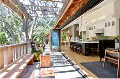 wow, a kitchen that totally opens up to the outside, in Marin County, California....