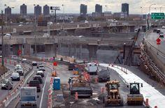 VILLES L'urbanisme québécois se porte mal Street View, Urban Planning, Puertas, Cities
