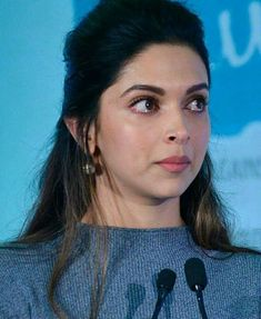 Deepika Padukon Looking Emotional in Iffa Deepika Padukone Hair, Deepika Ranveer, Shraddha Kapoor, Aishwarya Rai, Bollywood Celebrities, Bollywood Fashion, Bollywood Actress, Bollywood Stars, Most Beautiful Indian Actress