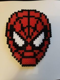 Perler Bead Templates, Diy Perler Beads, Perler Bead Art, Spiderman Craft, Diy Kandi Bracelets, Melted Bead Crafts, Minecraft Party Favors, Fusion Beads, Melting Beads