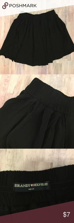 BRANDY MELVILLE skater skirt black one size Lovely skater skirt in black.  One size.  EUC Brandy Melville Brandy Melville Skirts Circle & Skater