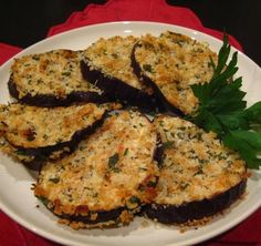 Oven Fried Eggplant (Aubergine) I love Eggplant any ole way! Oven Fried Eggplant Source by abeachgirl Oven Fried Eggplant, Fried Eggplant Recipes, Eggplant Parmesan, Grilled Eggplant, Vegetable Recipes, Vegetarian Recipes, Cooking Recipes, Healthy Recipes, Quick Recipes