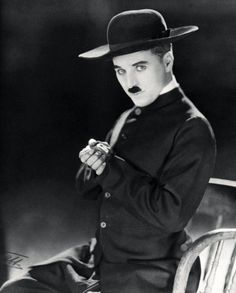 """1922 Photo shoot by renowned photographer of the day James Abbe, Charlie Chaplin in the costume of """"The Pilgrim"""", his last film for First National, released in Charlie Chaplin, Vevey, Classic Hollywood, Old Hollywood, Hollywood Icons, Chaplin Film, Charles Spencer Chaplin, Fritz Lang, Silent Film"""