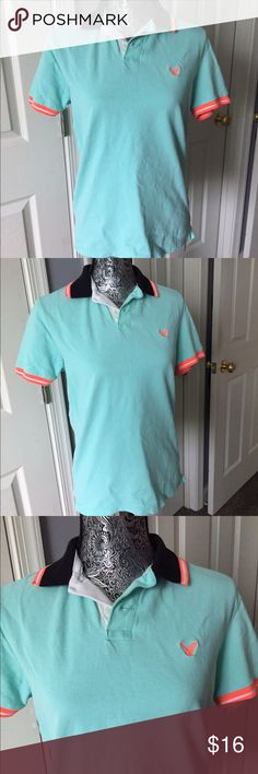 Blue & Orange Rugby Polo Shirt Blue & Orange Rugby Polo Shirt from American Eagle! This is in men's size! But can also fit a women S-M! In excellent condition! And very comfortable and fashionable! Size-S. #americaneagle #polo #shirt #orange #blue #rugby American Eagle Outfitters Tops Button Down Shirts