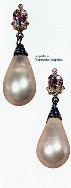 The French Crown Jewels - A pair of pearl and diamond ear pendants, worn by Empress Joséphine at her coronation