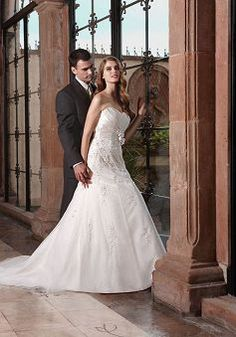 Perfect Floor Length A line Sweetheart Tulle Bridal Gown With Flowers - Lunadress.co.uk