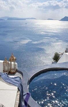 Hotel Andronis Luxury Suites – Santorini   21 Hotel Balconies Features The Most Amazing Views In The World