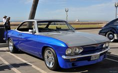 1965 Chevrolet Corvair coupe - blue & silver