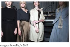 Easy-breezy can we name it in short, a collection of many Howell ´s signature pieces, like fine knits, roomy raincoats and cropped pant. Bridesmaid Dresses, Wedding Dresses, Raincoat, Women Wear, Runway, Easy, How To Wear, Collection, Fashion