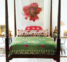 Feng Shui Bedroom Photos We Love: Vibrant Feng Shui Bedroom Colors